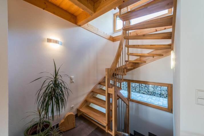 design 150 frammelsberger holzhaus. Black Bedroom Furniture Sets. Home Design Ideas