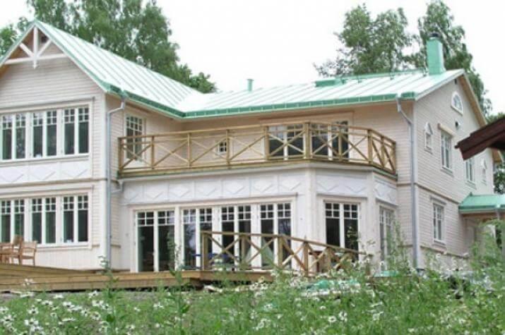 Exclusives Schwedenhaus Großhandlarvillan -