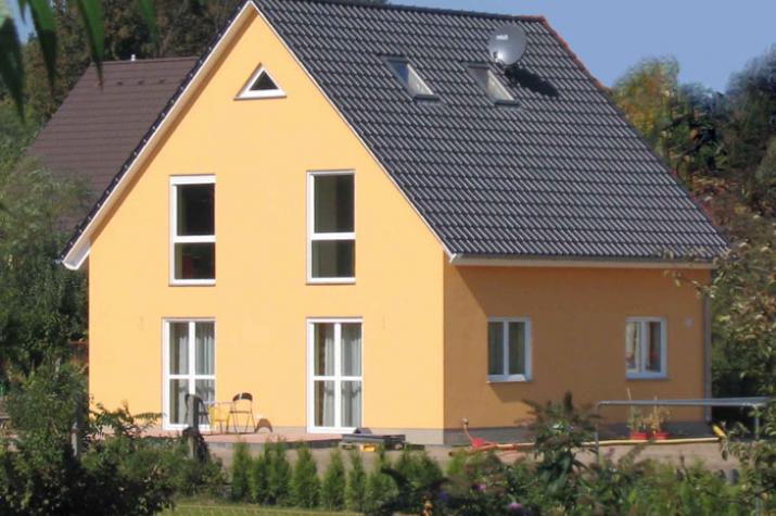 Häuser mit EG plus ausgebautem DG 100 bis 200 - Effizienz  pur -  - Beispielansicht, 1,5-Geschosser ab 100qm