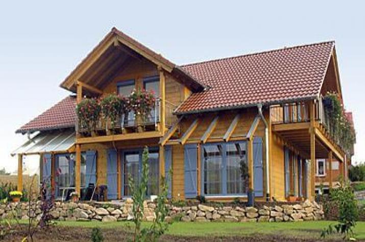 Holz 165 frammelsberger holzhaus for Minihaus aus holz