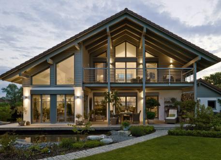 Einfamilienhaus Landshut - viel Glas, viel Holz