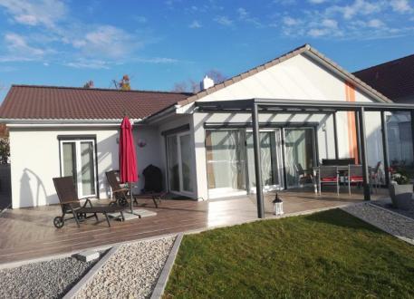 Moderner Bungalow  - Holzverbundhaus Grosch + Hobmeier GmbH