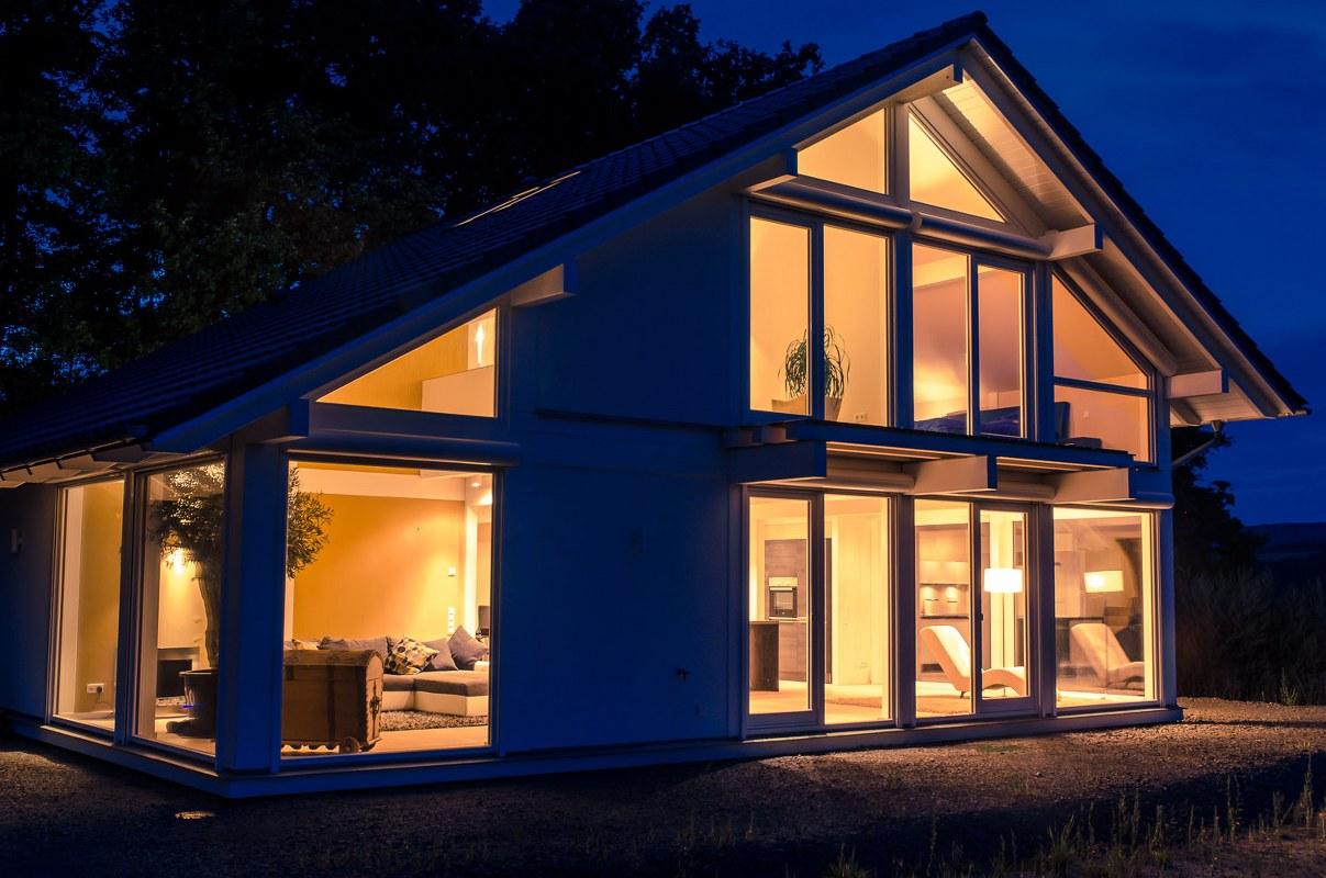 ᐅ Modernes Fachwerkhaus in Freisen | CONCENTUS Holzskelett-Haus GmbH
