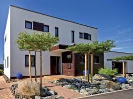 Plettenberg - Haus am Hang, schnörkellose Formensprache