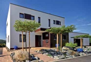 einfamilienhausbau einfamilienh user als massivhaus fertighaus seite 3. Black Bedroom Furniture Sets. Home Design Ideas