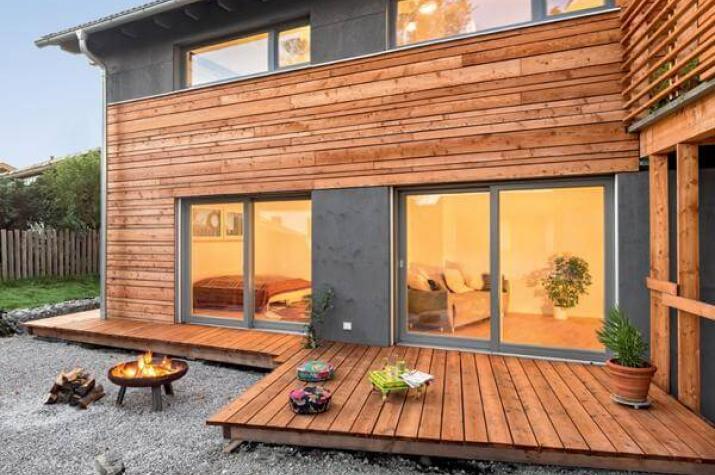 waakirchen architektenhaus bodenst ndig und modern. Black Bedroom Furniture Sets. Home Design Ideas