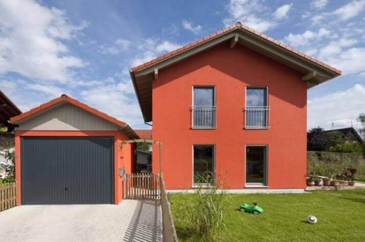 weilheim vitaler wohntraum in rot regnauer hausbau. Black Bedroom Furniture Sets. Home Design Ideas