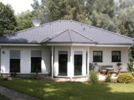 ...individuell geplant ! - Bungalow in modernem Ambiente -  www.jk-traumhaus.de