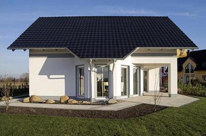 individuell geplant das wird ihr sonnenplatz familienhaus mit berdachter. Black Bedroom Furniture Sets. Home Design Ideas
