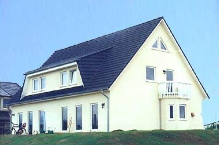 individuell geplant doppelhaus viel platz und. Black Bedroom Furniture Sets. Home Design Ideas