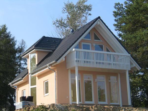 individuell geplant einfamilienhaus viel licht durch viel glas. Black Bedroom Furniture Sets. Home Design Ideas