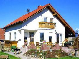 ...individuell geplant ! - Einfamilienhaus, für Frischluftfans - mit Balkon und überdachter Terrasse -  www.jk-traumhaus.de