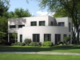 ...individuell geplant ! - Interessante Bauhausvilla mit außergewöhnlichen Formen - www.jk-traumhaus.de