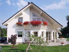 ...individuell geplant ! - Weitläufiges Wohnen mit Wintergarten - Charakter - www.jk-traumhaus.de