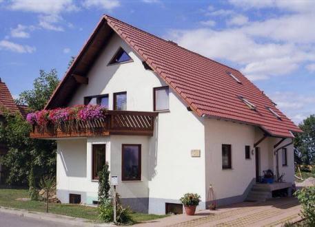 Zweifamilienhaus ...individuell geplant ! - Zweifamilienhaus, darf es ein Zimmer mehr sein. Viel Platz für zwei Familien - www.jk-traumhaus.de